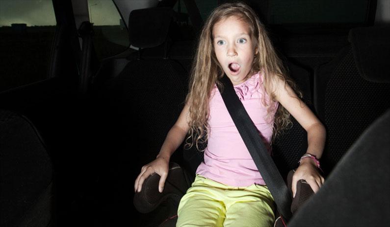 Autounfall mit schwerverletztem Kind: Wie retten Sie das Leben Ihres Kindes?